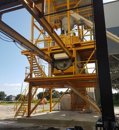 Concrete pump (commercial element)